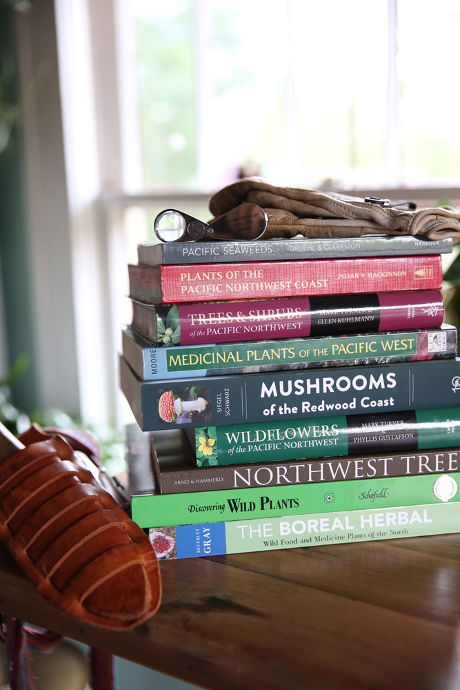 Field Guides And Foraging Books For The Pacific Northwest Coastal British Columbia
