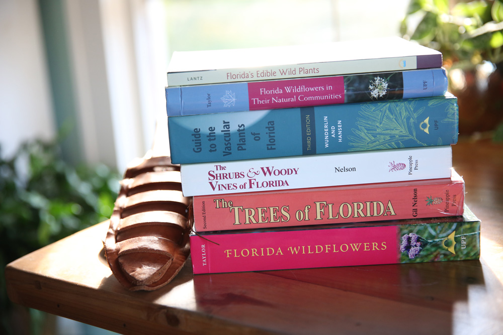 The Best Field Guides For Florida